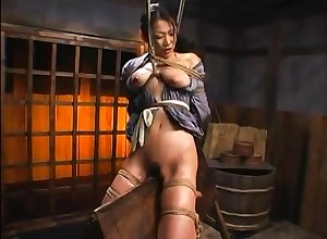 Flimsy asian plays up their way prudish pussy