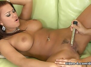 Eva Angelina with an increment of Sativa Crunch at one's best